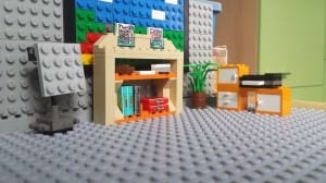 Wir haben das Büro von Contunda aus LEGO nachgebaut.