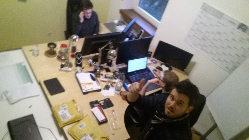 Im Büro von Contunda mit Julian und Steffen